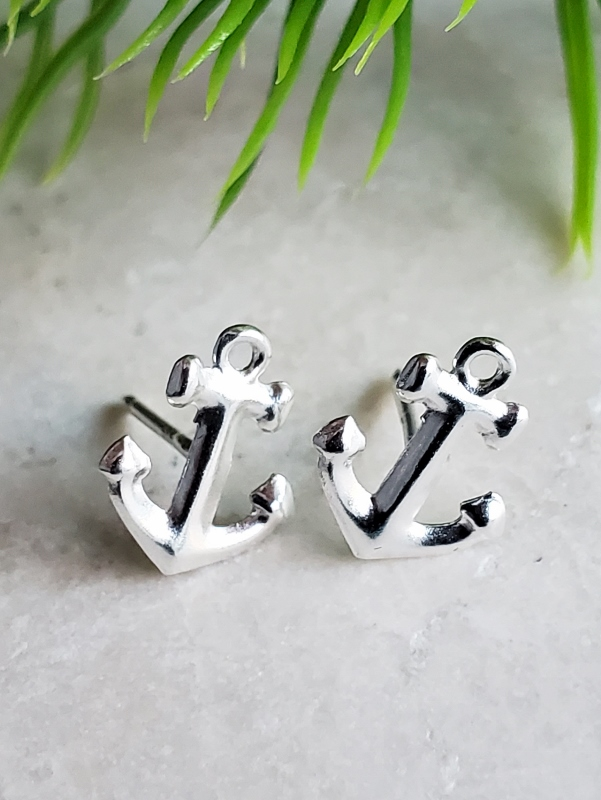 Silver Anchor Studs