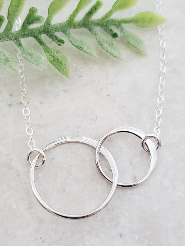 Silver Two Intertwined Circle Necklace