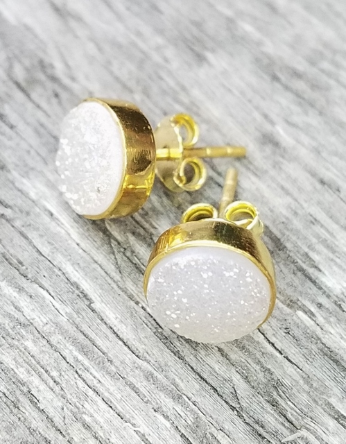 Gold Druzy Quartz Studs Earrings 9 mm - Rainbow White/Ivory/Pink