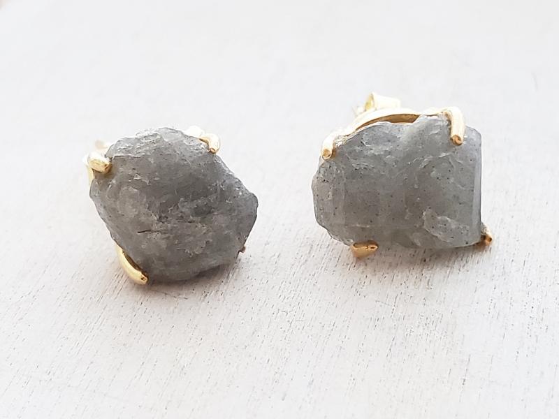 Gold Raw Gemstone Claw Stud Earrings - Labradorite