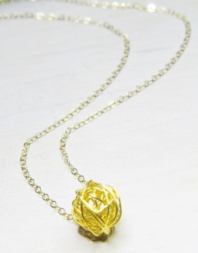 Gold Round Mesh Necklace