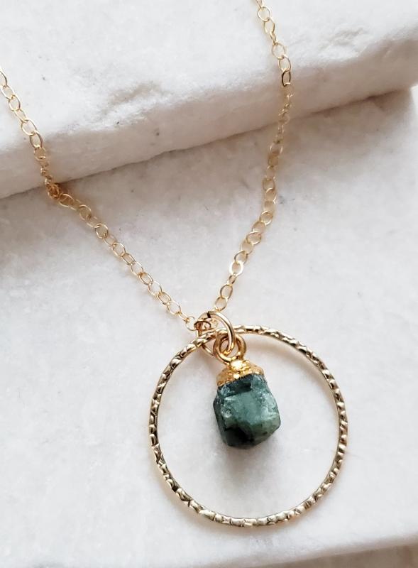 Gold Raw Apetite Circle Necklace