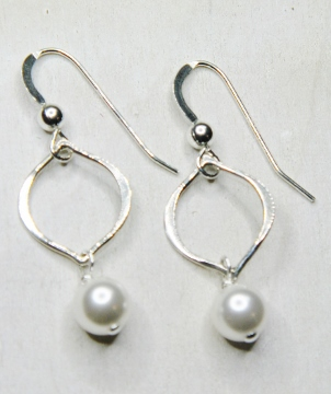 Arabesque Crystal Earrings - Crystal Pearl White