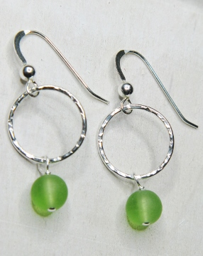 Eco Sea Glass Hammered Earrings - Peridot