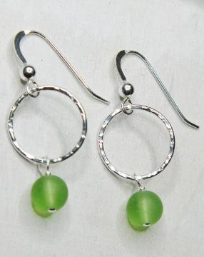 Eco Sea Glass Hammered Earrings - Peridot