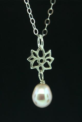 Silver Dahlia Pink Pearl Necklace