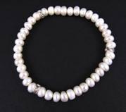 Pearl Bracelet w/ Roundels