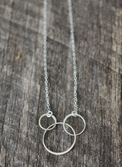 Three Circle Link Silver Necklace
